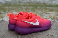 Nike Roshe Run Print Laser Grimson Glow | Alta-Moda