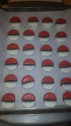 Pokemon cookies made from Oreos dipped in white and red candy melts. Pokemon Birthday, 8th Birthday, Birthday Parties, Pokemon Candy, Monster Truck Party, Chocolate Covered Oreos, Red Candy, Candy Melts, Sugar Rush