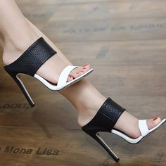 Ladies Sandals High Heels Black and White Zapatos Department Name: Adult Item Type: Sandals Lining Material: PU Style: Fashion Pattern Type: Mixed Colors Fashion Element: Rome Upper Material:… Office Sandals, Office Shoes, Elegantes Outfit Frau, High Heels Schwarz, Giuseppe Zanotti Heels, Prom Heels, Black High Heels, White Heels, Lace Up Heels