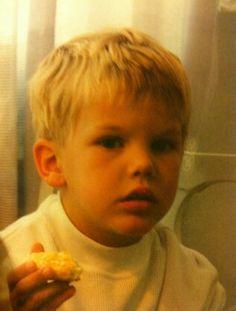 Avicii as little boy