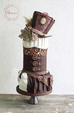 Steampunk Cake by Yolanda Cueto - Yocuna Floral Artist