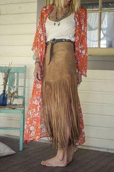 Very nice fringe skirt!