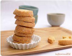 #Sablés diamants : des biscuits précieux à déguster : #recette de Pierre #Hermé Biscuits Brownies, Krispie Treats, Cornbread, Barbecue, Pause Café, Cookies, After School, Ethnic Recipes, Desserts