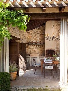 beautiful spanish home by Mikel Larrinaga