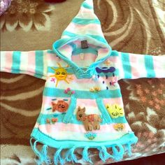 Children's sweater 100% handmade from Nepal. Hand knit. Unisex. Warm hoodie style. Different colors and sizes available Shirts & Tops Sweaters