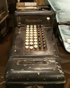 Vintage Adding Machine! #restylechicago #reluxvintage https://www.instagram.com/p/BOseJIgBDOe/