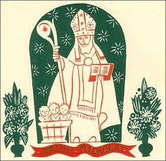 history of St. Nicholas. Saint Nicholas statue in niche
