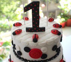 Torta de cumpleaños: Vaquitas de San Antonio