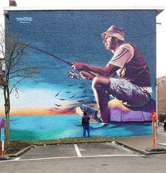 Kürzlich stolperte ich im Netz über die wirklich ziemlich beeindruckenden Murals eines belgischen Street Artists, welcher an dieser Stelle bisher noch keine Berücksichtigung fand. Was wir hiermit gerne nachholen möchten. Die Rede ist von Bart Smeets aka Smates. Der talentierte junge Mann aus Brüssel hat sich auf farbenprächtige Artworks im fotorealistischen Stil spezialisiert. Hier oben im Bild hätten wir beispielsweise... Weiterlesen