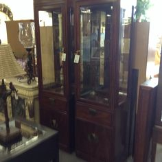 Thomasville Curio / China Cabinet - Two pieces available.    Item 1302-4.  Price $300.00 each   - http://takeitorleaveit.co/2016/09/01/thomasville-curio-china-cabinet/