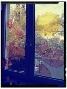 Jesienna dekoracja na okno! Fall's window decoration for preschool class!