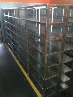 Steel shelving for warehousing,Supermarkets, home use, storage rooms, restaurants, hotels etc-Nut