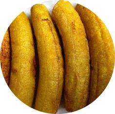 Plátano maduro macho, componente principal de muchos de nuestros platos.