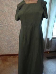 wOMAN'S aMISH MENNONITE Bid old fashioned reenactment dress green bib  small med civil war reenactment