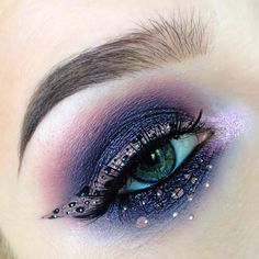 "Witchy Woman on Instagram: ""✨ Shadows used are @colourpopcosmetics Bae, Envy, and Bill, and @occmakeup Oberon ✨ Liner/dots are @lasplashcosmetics Lip Couture in Cryptic and @nyxcosmetics black and white liquid liners ✨ Waterline is @lagirlcosmetics Glide Gel Liner in Very Black ✨ Lashes"
