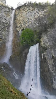Book your guided private hike or trip and experience Switzerland's insider spots with an environmental expert. Day trips from Zurich, Lucerne, Bern, Zug. Nature Gif, Nature Scenes, Nature Videos, Beautiful Waterfalls, Beautiful Landscapes, Natural Waterfalls, Oregon Waterfalls, Beautiful Places To Travel, Cool Places To Visit