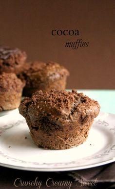 Cocoa Muffins by CrunchyCreamySweet.com @Anna | Crunchy Creamy Sweet