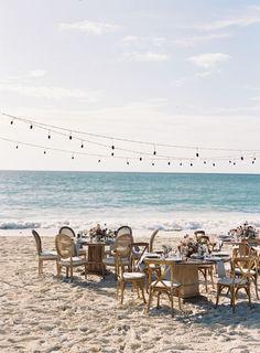 Beach wedding table decor: Photography: Tec Petaja - http://www.tecpetajaphoto.com/