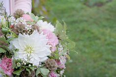O&F wedding decoration by AKURATNIE kwiaty www.akuratnie.com.pl www.facebook.com/akuratnie.kwiaty www.instagram.com/akuratnie.dw