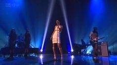 Rihanna Stay/We Found Love Live (X Factor Uk 2012) Subtitulado español-ingles…