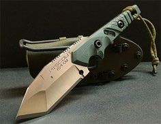 Dwaine Carillo's -- one-off knife designs.. -- This is one BAD knife!