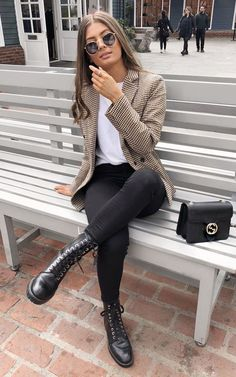 Adrette Outfits, Blazer Outfits Casual, Blazer Outfits For Women, Legging Outfits, Classy Outfits, Trendy Outfits, Office Outfits, Casual Dresses, Casual Winter Outfits