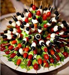 Brochetas de tomate, aceitunas, mozzarella y pepinillos, aperitivo #saludable @entulínea #adelgazar con #salud
