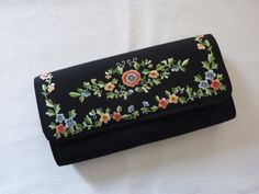Items similar to Vintage Black Silk Clutch / Evening Bag with Floral Embroidery - Excellent Condition on Etsy Vintage Marketplace, Vintage Vogue, Black Silk, Floral Embroidery, Evening Bags, Vintage Black, Vintage Items, Whimsical, Zip Around Wallet