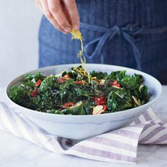 Kale is so beneficial for our bodies, but it can be difficult to find a recipe that really makes it shine. This one looks amazing! Grilled Kale with Garlic, Chiles and Bacon