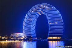 Nuevo hotel Sheraton en Shangai: el diseño más extraño de 2013