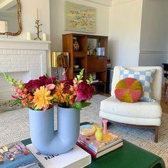 Room Ideas Bedroom, Bedroom Decor, Deco Studio, Colorful Apartment, Pastel Room, Aesthetic Room Decor, Apartment Interior, House Rooms, Room Inspiration