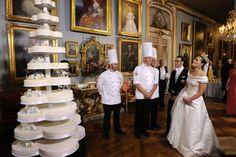 Confraria Gastronômica do Barão de Gourmandise®: Bolo de casamento da Princesa Victoria e do príncipe Daniel da Suécia.