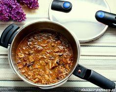 Duszona karkówka z szybkowaru ze śliwkami i cynamonem | Domowe Potrawy
