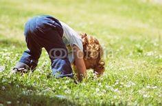 Bambina sul prato - Little girl on meadow © Pietro D'Antonio