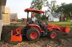 Loader/Landscaper Tractors | L45 | Kubota Tractor Corporation