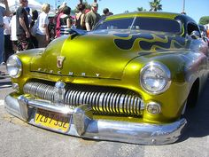 Pinning because it's a Mercury and because that paint colour is gorgeous!
