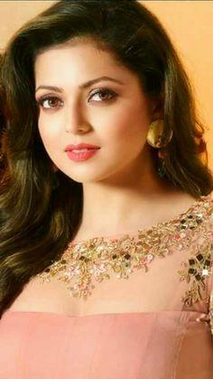 Beautiful Girl In India, Beautiful Girl Image, Most Beautiful Indian Actress, Beautiful Gorgeous, Beautiful Actresses, Beautiful Women Videos, Beautiful Muslim Women, Most Beautiful Faces, Cute Beauty