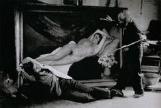Picasso and Jean Marais posing as painter and model 1944