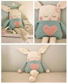 Mesmerizing Crochet an Amigurumi Rabbit Ideas. Lovely Crochet an Amigurumi Rabbit Ideas. Love Crochet, Crochet For Kids, Diy Crochet, Crochet Crafts, Crochet Dolls, Crochet Projects, Crochet Rabbit, Easter Crochet, Crochet Pillow