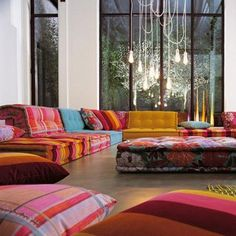 Modern Living Room Moroccan Style Seating Contemporary Lights.