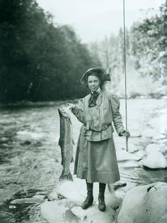 Eleanor Chittenden, daughter of Brigadier General Hiram Chittenden, holds a steelhead trout on the Elwha River during an outing of the Mountaineers. Taken August by Curtis Asahel. Trout Fishing Tips, Fishing Kit, Walleye Fishing, Gone Fishing, Fishing Lures, Fishing Tricks, Carp Fishing, Fishing Tackle, Fishing Guide