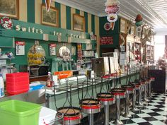 Old Drug Store Soda Fountain | Borroum's Drug Store-- Soda Fountain (Corinth, Ms.) | Flickr - Photo ...
