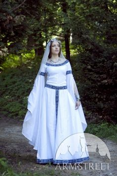 Medieval Fantasy Wedding dress White Swan