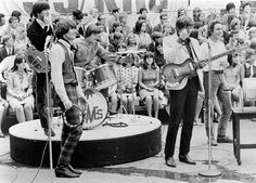 The Leaves [Robert Arlin (vocals) Jim Pons (bass) Tom Ray (drums) John Beck and Robert Lee Reiner (guitars)] perform at a KHJ Radio concert in 1966 in Los Angeles, California.
