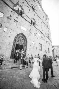 From ones of our beautiful weddings in Volterra, Tuscany (Italy).  Italienske Bryllup - your wedding in Italy.