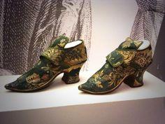 Women's shoes, blue brocade, Britain, 1700-1725, British Library