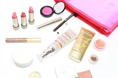 @GenuineGlow shares her stunning summer beauty collection with @iliabeauty @labellafigura10 @alimapure @janeiredale @rmsbeauty @kjaerweis @100percentpure and more goodies!