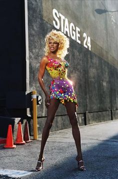 Life is about using the whole box of crayons ~ Rupaul♥
