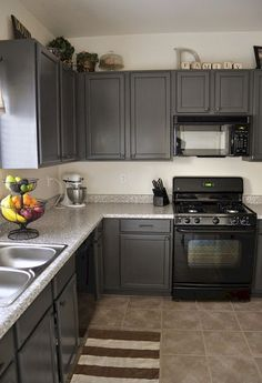 Cool 70 Gray Kitchen Cabinets Makeover Ideas https://idecorgram.com/3640-70-gray-kitchen-cabinets-makeover-ideas #CoolHomeAppliances