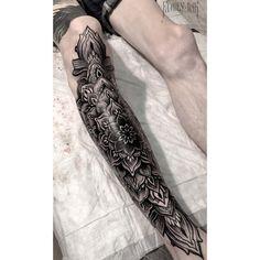 Thank you, Kostya from Moscow!  #familyink #familyinktattoo #onlyblackart #darkartists #blacktattoomag #tattoos #tattooartist #blacktattooart #tattooed_body_art #tattooculturemagazine #tattooisartmagazine #TattooistArtMag #tattoo_art_worldwide #blackndark #bw #btattooing #engraving #tattoorussia #Equilattera #russiantattoo #skinartmag #blackworkerssubmission #tattooins #vladbladirons #vbi #hydraneedles #eikondevice